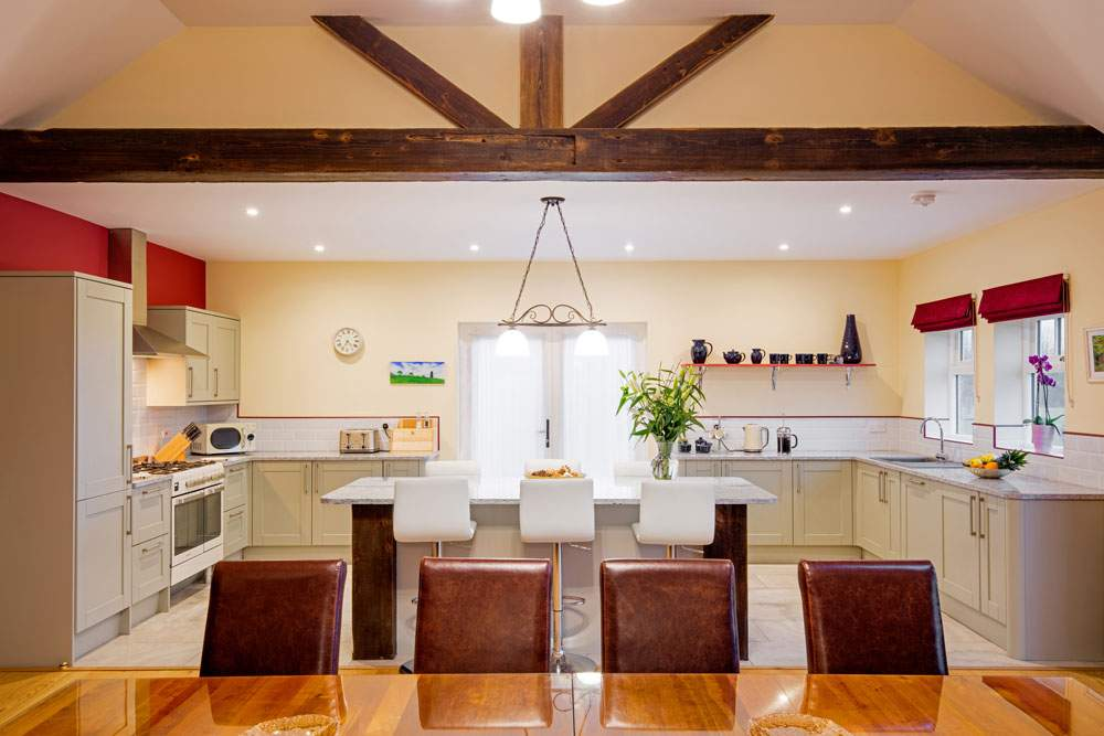 kitchen and dining in the cart house at broadgate farm cottages