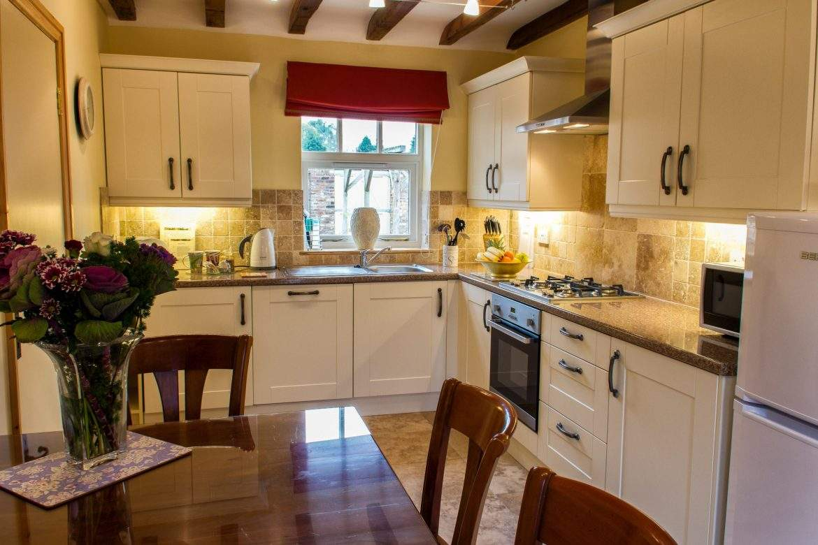 kitchen diner at foldyard at broadgate farm cottages