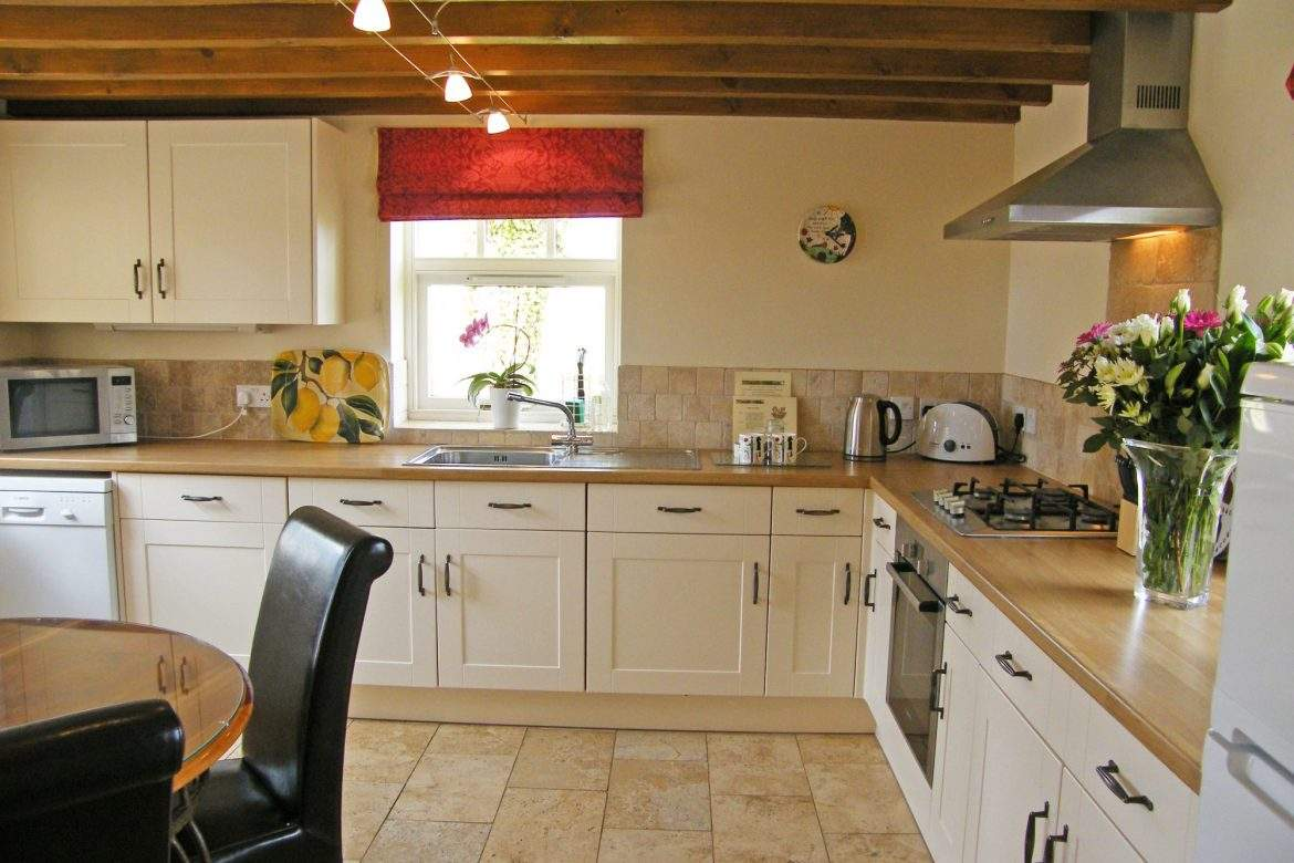 kitchen in the forge at broadgate farm cottages