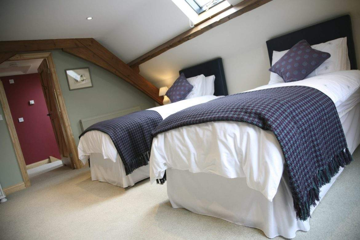 secon bedroom as twin forge at broadgate farm cottages