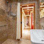 easy access wet room