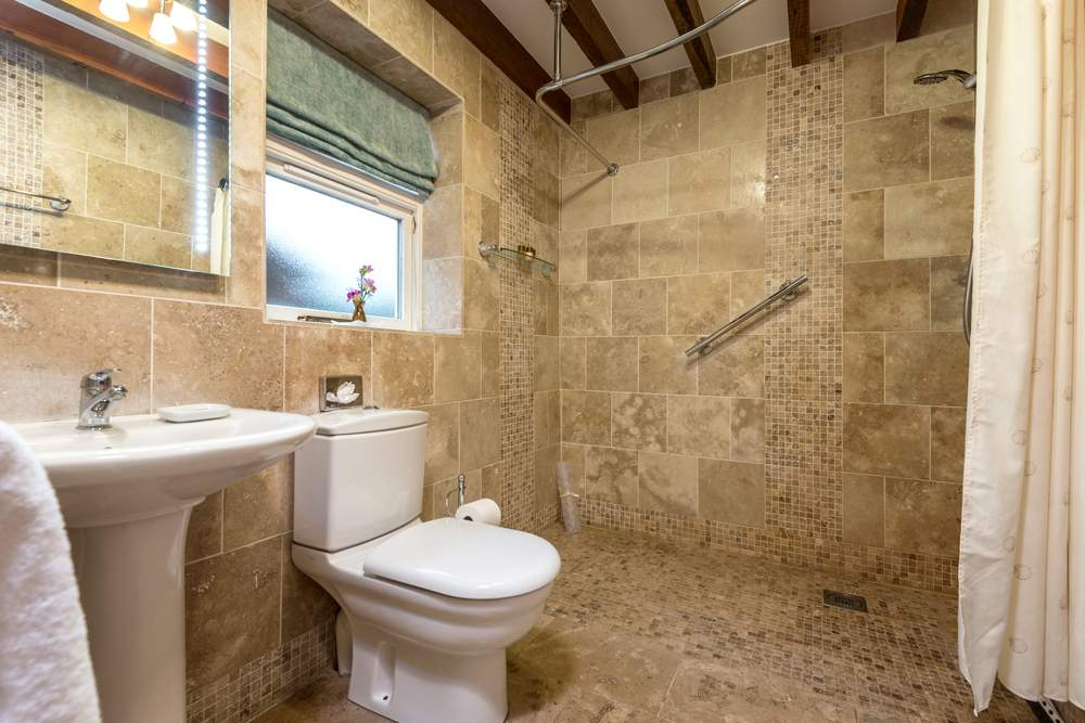 natural stone tiled wetroom