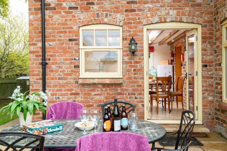 garden table for 6